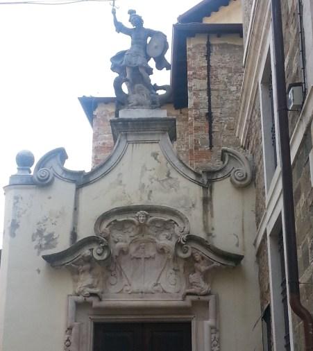 Fregio e decorazione San Michele all'Arco
