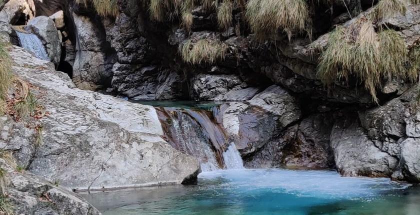 Val-Vertova-cascate-e-marmitte-dei-giganti