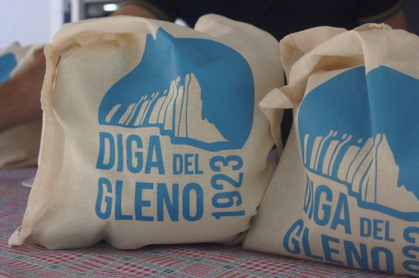 I cestini per gli escursionisti della diga del Gleno