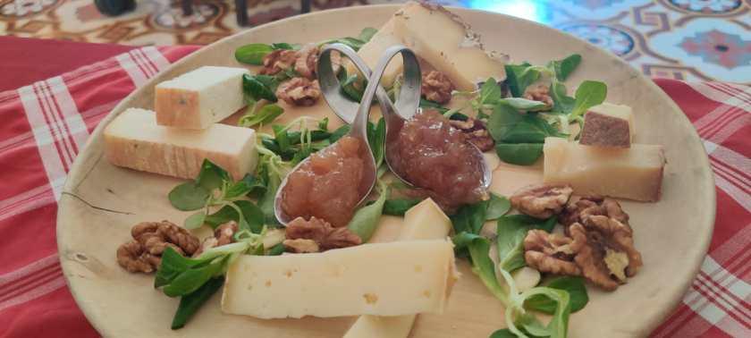 Selezione di formaggi della Val Brembilla