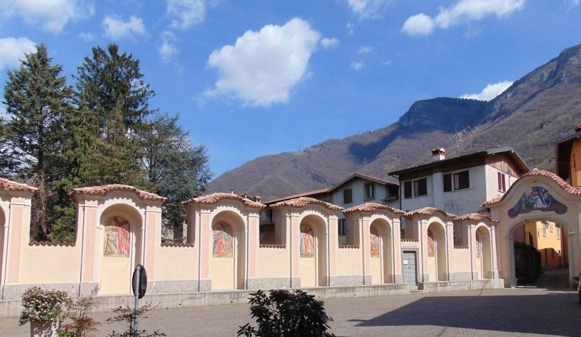 Via-Crucis-Chiesa-di-San-Salvatore-Monasterolo-del-Castello