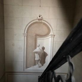 Decorazione muraria scala interna villa siotti pintor