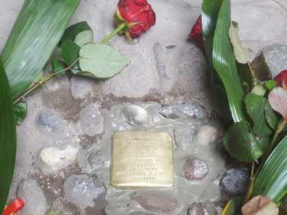 Pietra d'Inciampo Alessandro Zappata inaugurazione