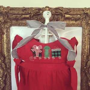 Christmas presents train embroidery design, Vintage Christmas, Present train, Pull toy, Winter, Vintage stitch embroidery design, Applique, Machine embroidery design, Blanket stitch, Beanstitch, Vintage