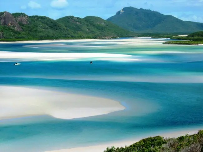 Hill inlet on Whitsunday Island.