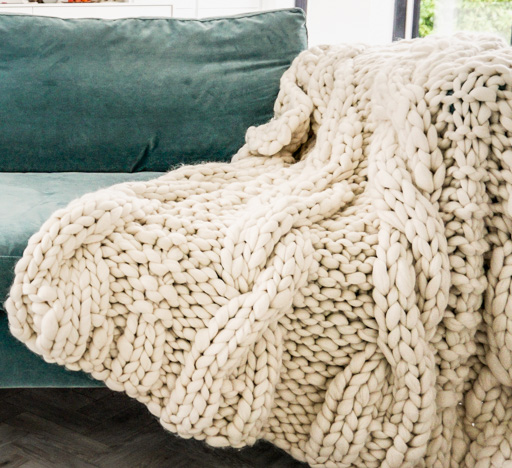 Extreme Knit Gansey Cable Merino Throw