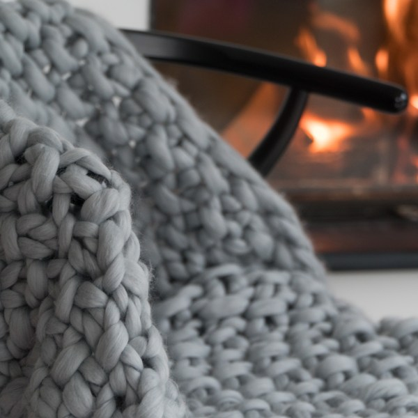Super chunky throw moss stitch in silver grey merino wool