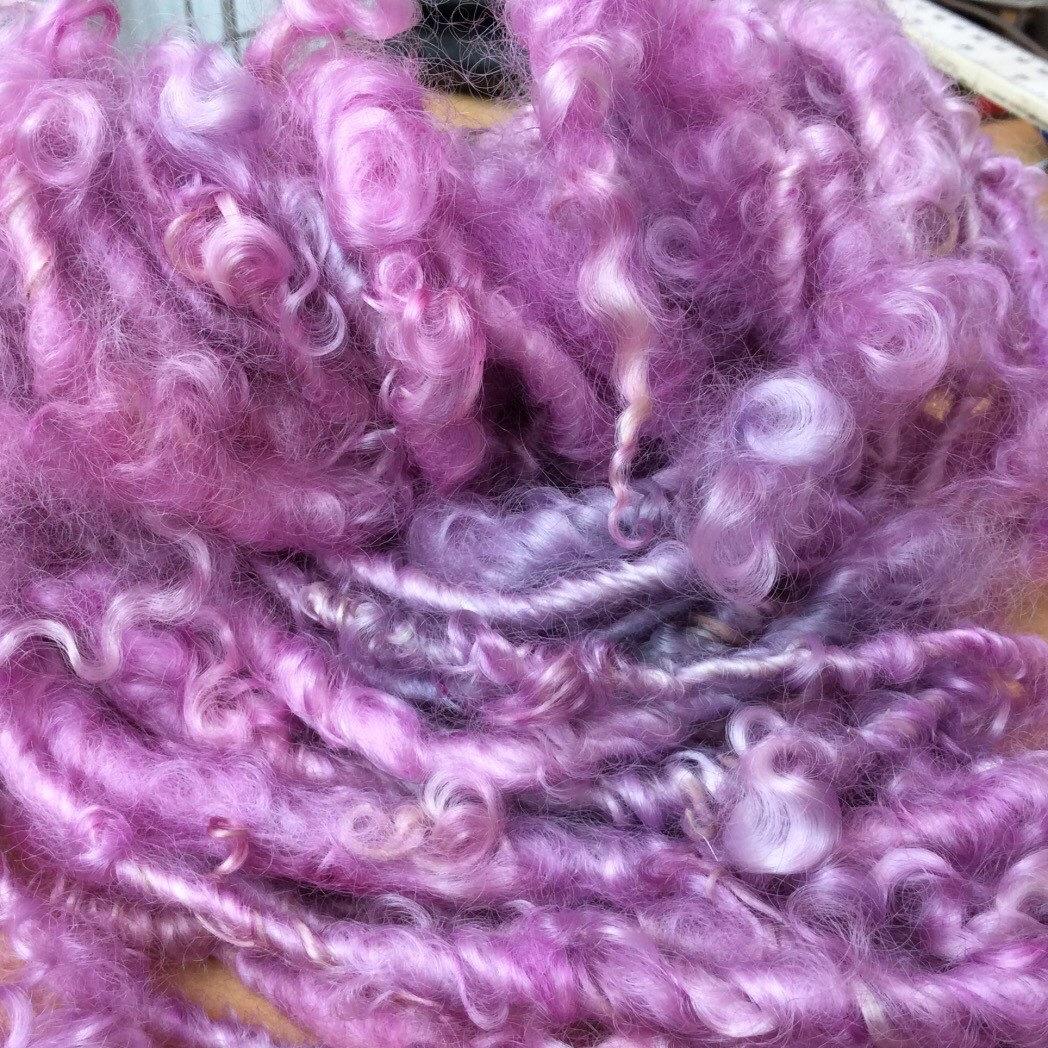 Hand spun yarns and art yarns