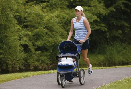 thinkstock_rf_mother_and_baby_jogging_in_stroller