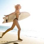 やっぱりサーフィン⁉︎進化する深田恭子の「メイク&ボディ」美の秘密