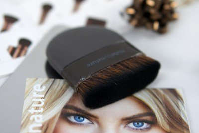 Nude by Nature Ultimate Perfecting Brush Nr 13