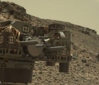 drill-curiosity-rover-arm-Sol908-pia19145-full