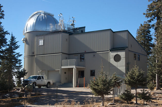 The Vatican has an observatory in Arizona manned by Jesuit Scientists?