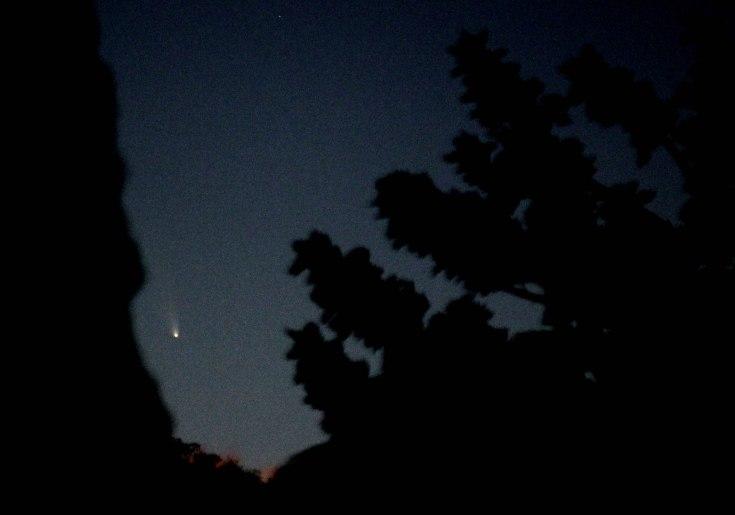 2013-03-06: Comet Panstarrs 1x10th sec, f2.8, ISO 2000