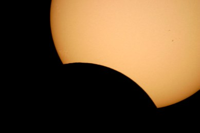 2013-05-10: Partial Solar Eclipse with Meade LX90 telescope.