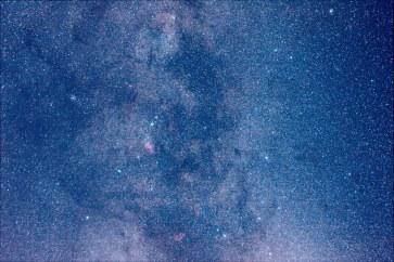 2013-09-29: Milky Way Scorpius IC 4628, Cats Paw Nebula - 4 min, 50mm, f/3.5, ISO 3200.