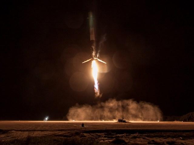 Image: SpaceX rocket landing