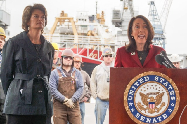 Image: Murkowski and Cantwell