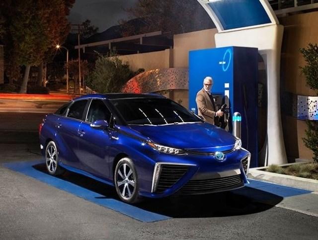 Toyota Mirai fuel-cell car