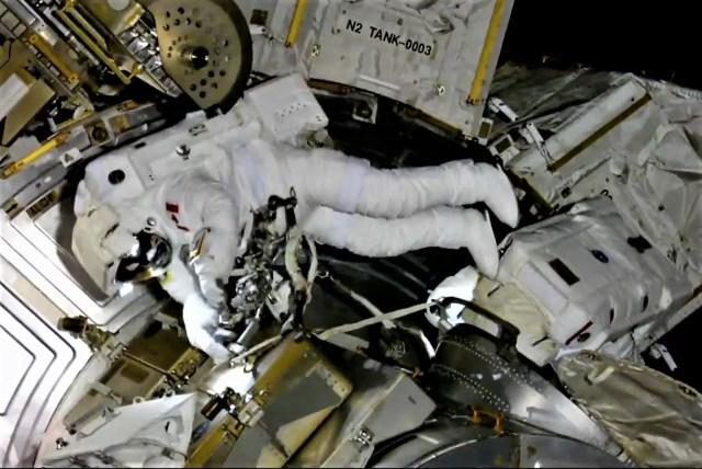 Spacewalkers