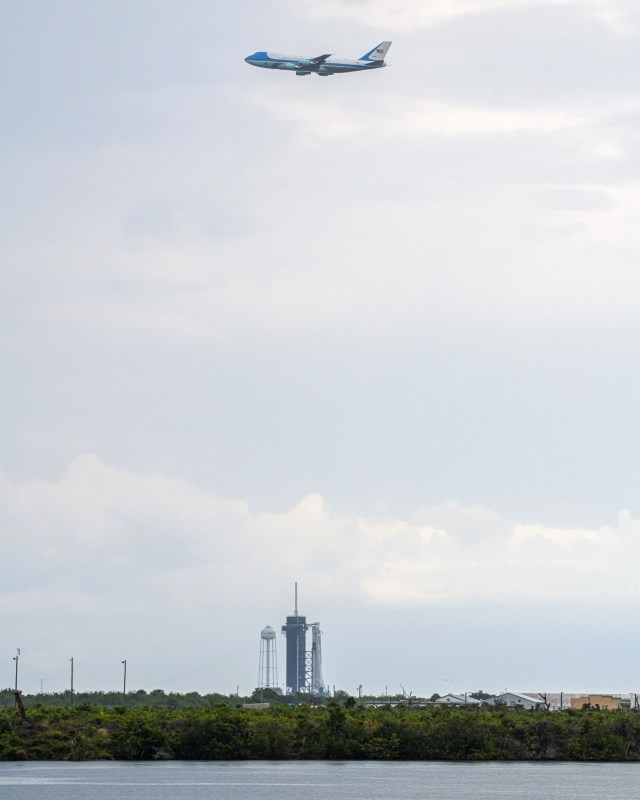 Air Force One and SpaceX rocket