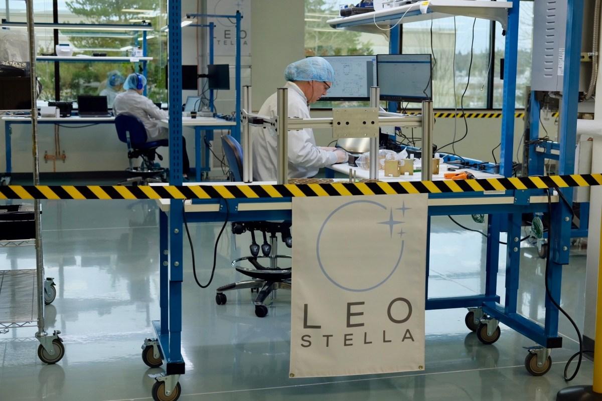 LeoStella factory