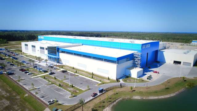 Blue Origin New Glenn rocket factory