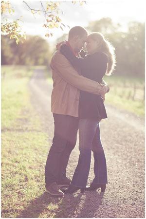 En sista bild kommer från engagement-fotograferingen. Underbart ljus och sån fin känsla :)