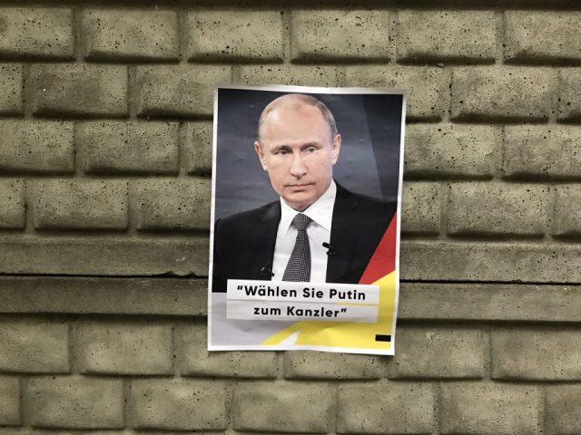Putins Wahlplakat in Berlin