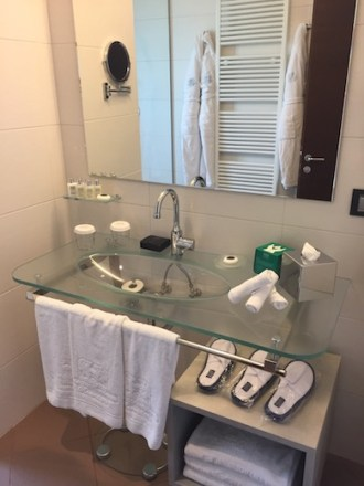 The bathroom of our junior suite at Palazzo di Varignana Resort & Spa