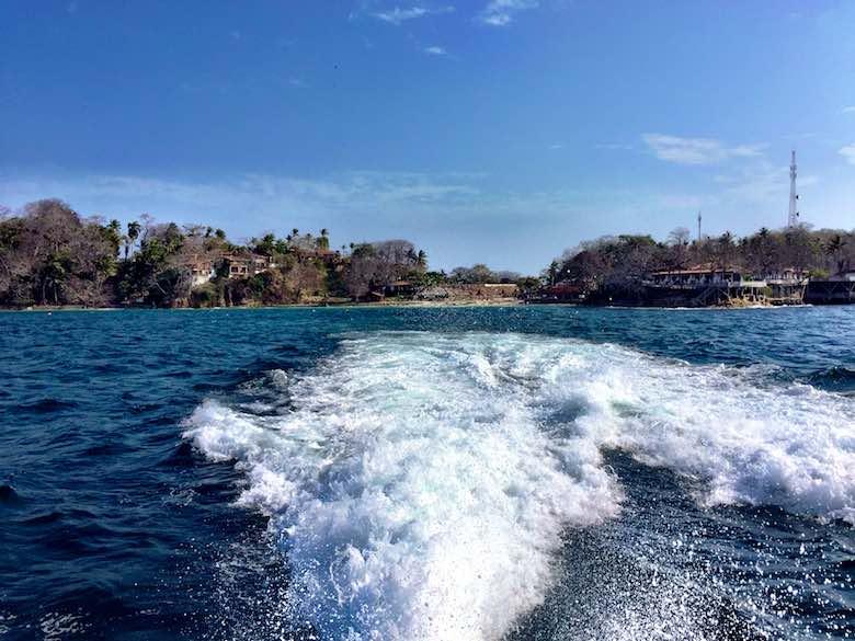 View from the ferry leaving Isla Contadora, one of the Las Perlas islands near Panama City, Panama