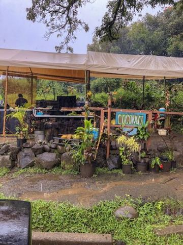 Food stand along the Road to Hana