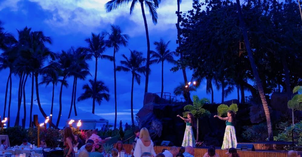 Sfeerbeeld van de Wailele Polynesian luau in the Westin Maui Resort and Spa, een must tijdens je reis naar Hawaii