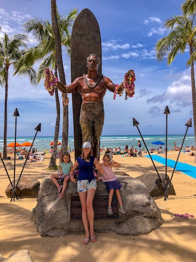 Oahu is the most popular starting hub to go island hopping in Hawaii