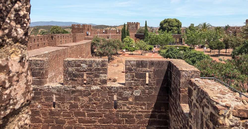The castle of Silves is one of the places to see in Portugal
