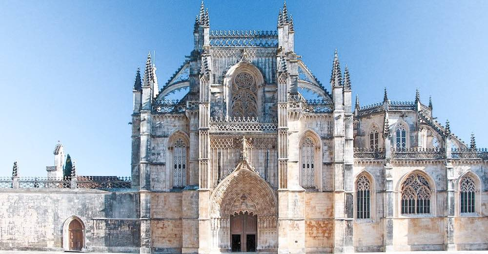 Visiting Batalha is not to be missed on your Portugal travel itinerary 10 days