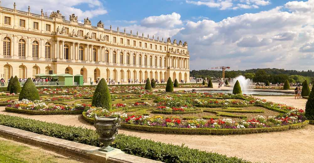 Take a train Paris to Versailles for the most wonderful day trip