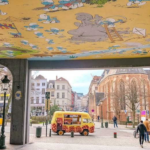 Food truck selling Belgian waffles in Brussels