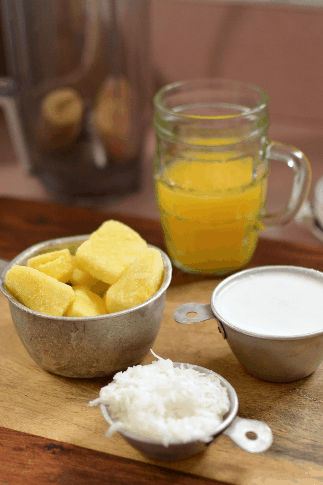 This Piña Colada Summer Smoothie is a healthy and delicious way to treat yourself. CosmopolitanCornbread.com