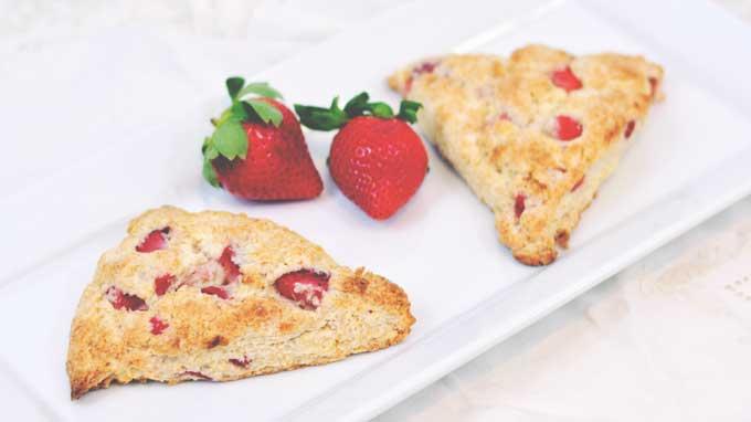 Sweetheart Strawberry Scones | 21 Strawberry Recipes