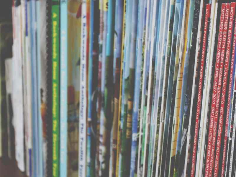 Decluttering Your Bookshelf
