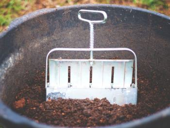 """Using a soil blocking tool allows you to create soil """"blocks"""" for starting your seeds for the garden. It reduces waste and expense, since there is no need for the little soil """"disks"""" or other store bought starters."""