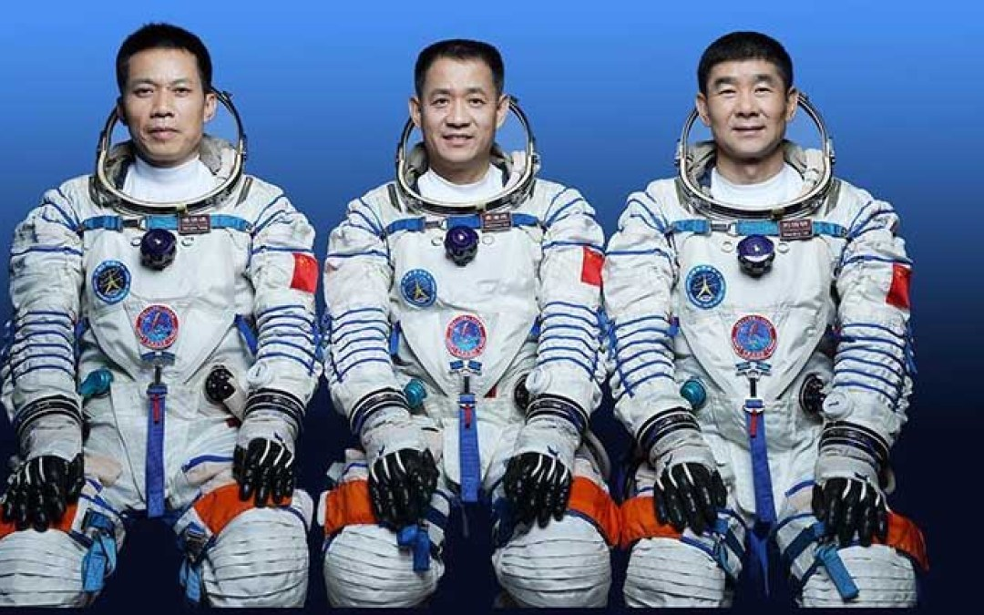 Astronauts Return to Earth From Chinese Space Station