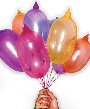 Balloon condom