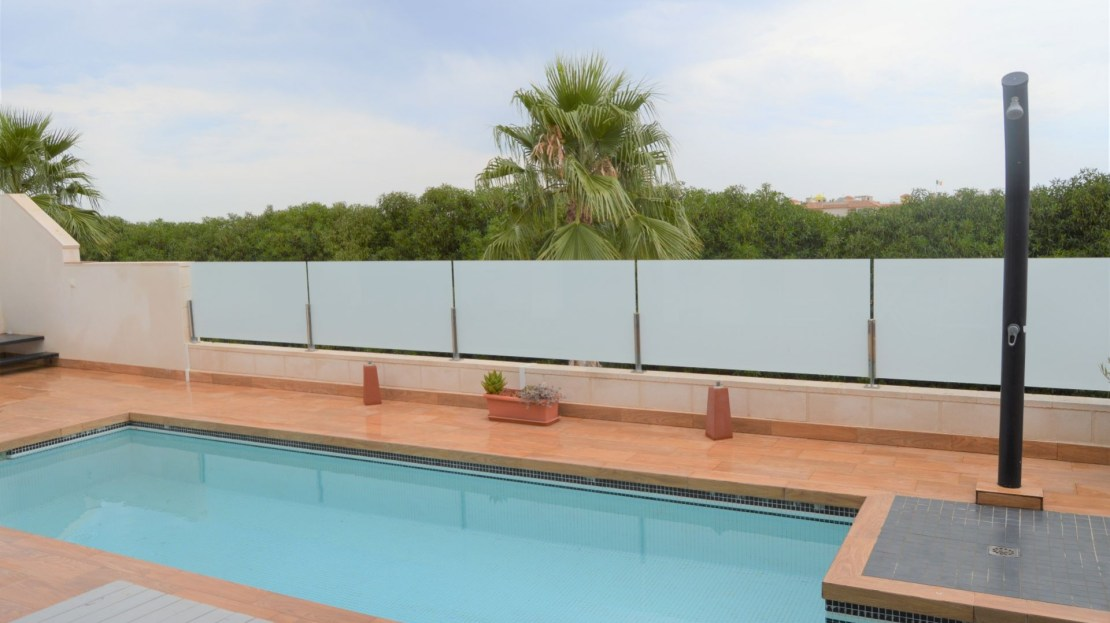 2 Bed, 2 Bath Semi-Detached Villa For Sale in Orihuela Costa