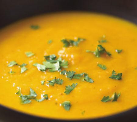 Supă-cremă de morcovi și portocale