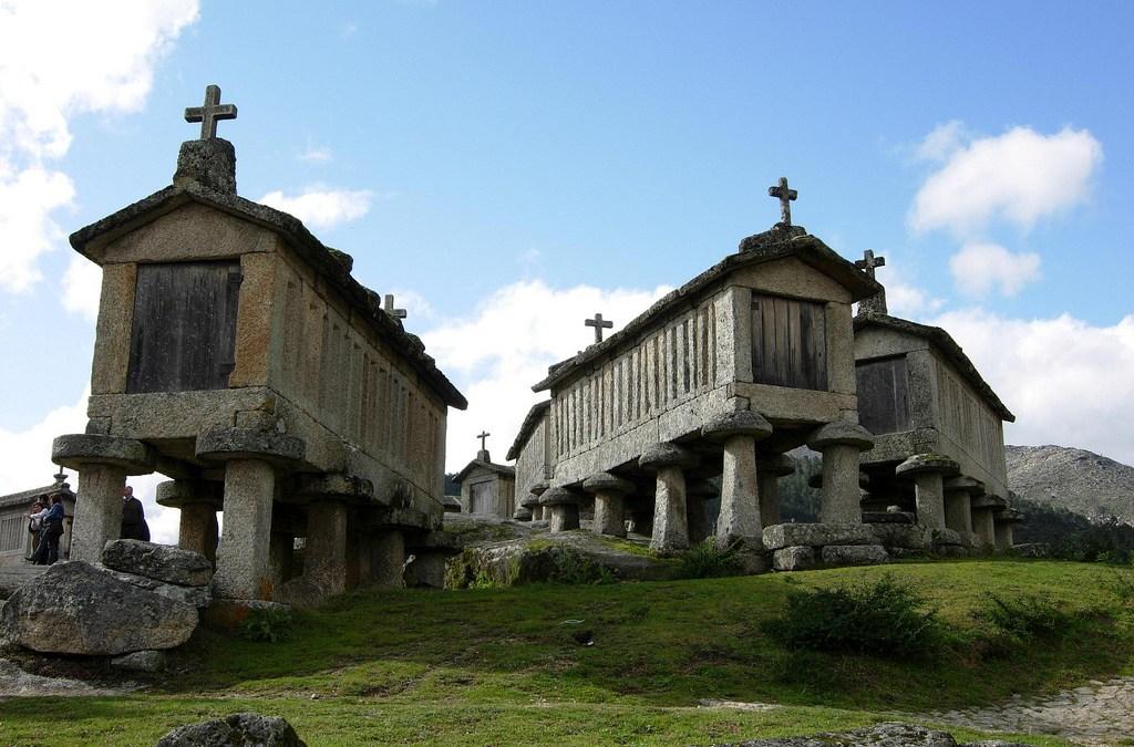 La revista Sábado destaca las Villas de Arcos de Valdevez y Soajo