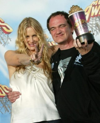 Actress Daryl Hannah and director Quentin Tarantino winners of Best Fight for 'Kill Bill Vol. II' pose backstage during the 2005 MTV Movie Awards at the Shrine Auditorium on June 4, 2005 in Los Angeles, California. (Photo : Frederick M. Brown/Getty Images)