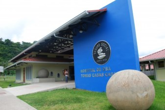 Hospital de Osa Costa Rica ball blue