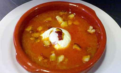 Sopa Castellana (sopa de ajo)